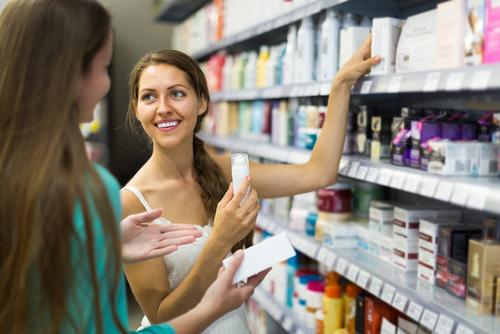 Ventajas de adquirir nuestro protector solar en la farmacia