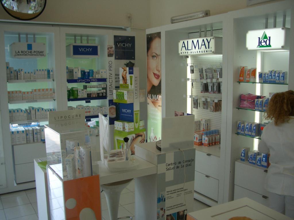 Comprar cosméticos en las farmacias